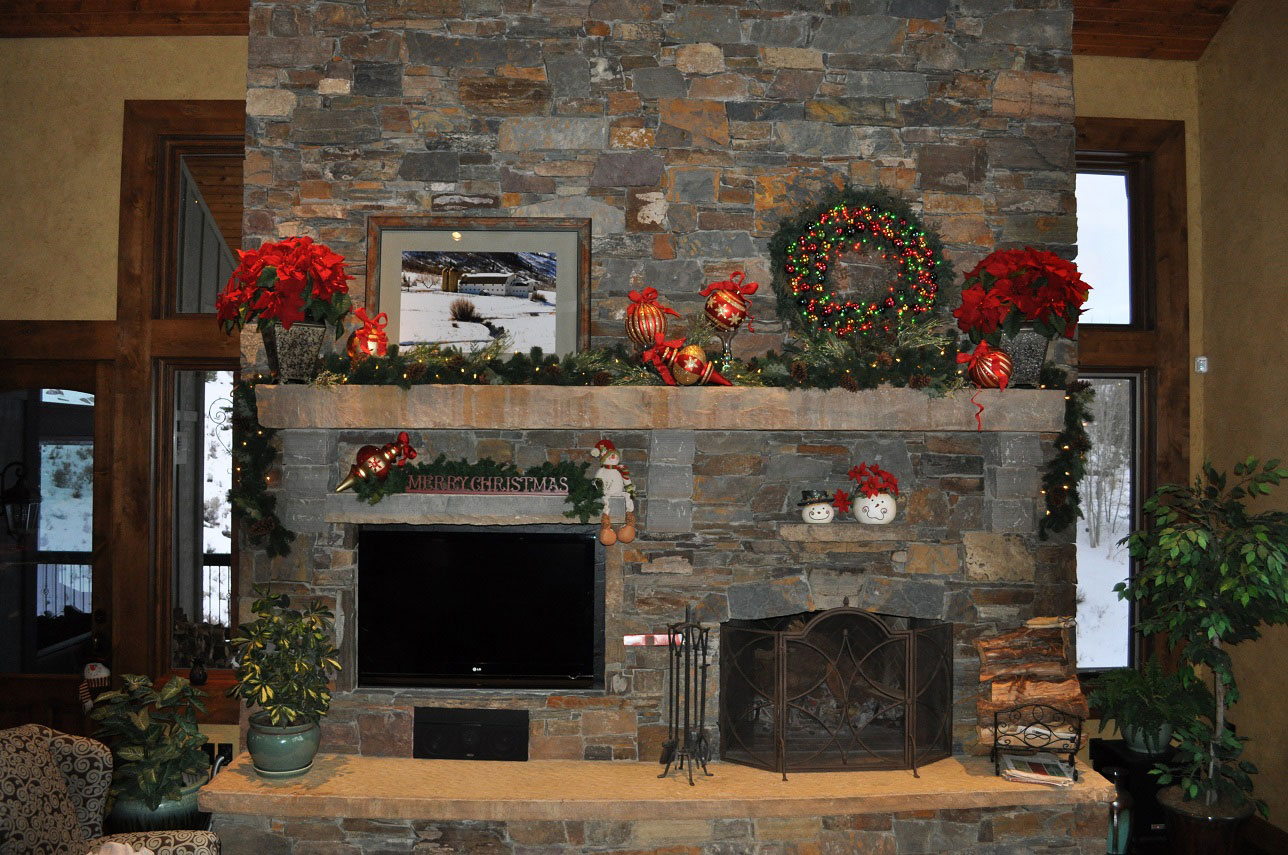 Garland Decoration For Fireplace